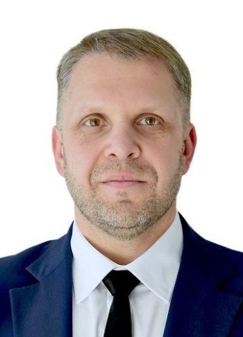 Михайло Пахмутов Провідний консультант з продажу